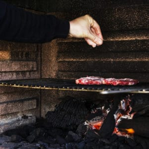One major advantage of deciding to use a charcoal smoker is the flavor it offers prospective users. Electric smokers, gas smokers, and pellet smokers cannot hold a candle to the flavor that is produced with charcoal. It is quite authentic; it is still the best.